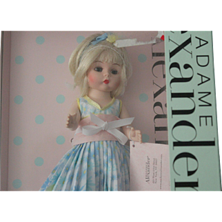 """Madame Alexander/8 inch Mint in original box/no issues/ hang tag lists her as """"MOTHER'S Day"""""""