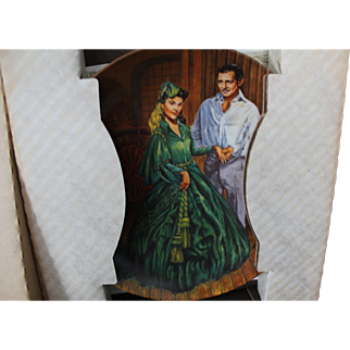 Gone with the Wind collector plates. 2 featuring Rhett and Rhett with Scarlett. In exc condition