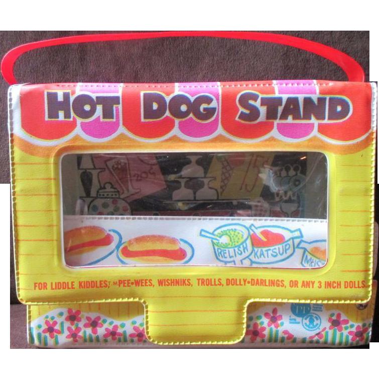 Liddle Kiddle Mattel 1966 HOT DOG STAND carry case