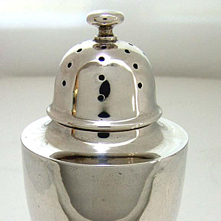 Large Art Deco Sterling Silver Sugar Shaker Mufineer.