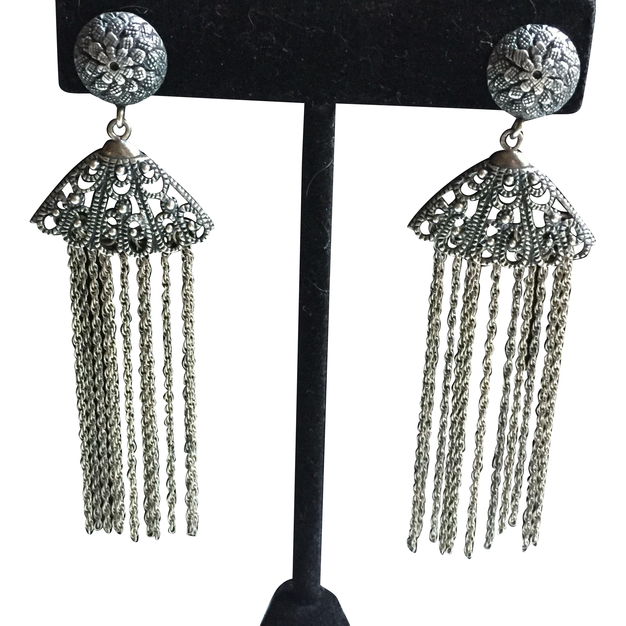 Trendy and timeless filigree  vintage Silver fringe earrings