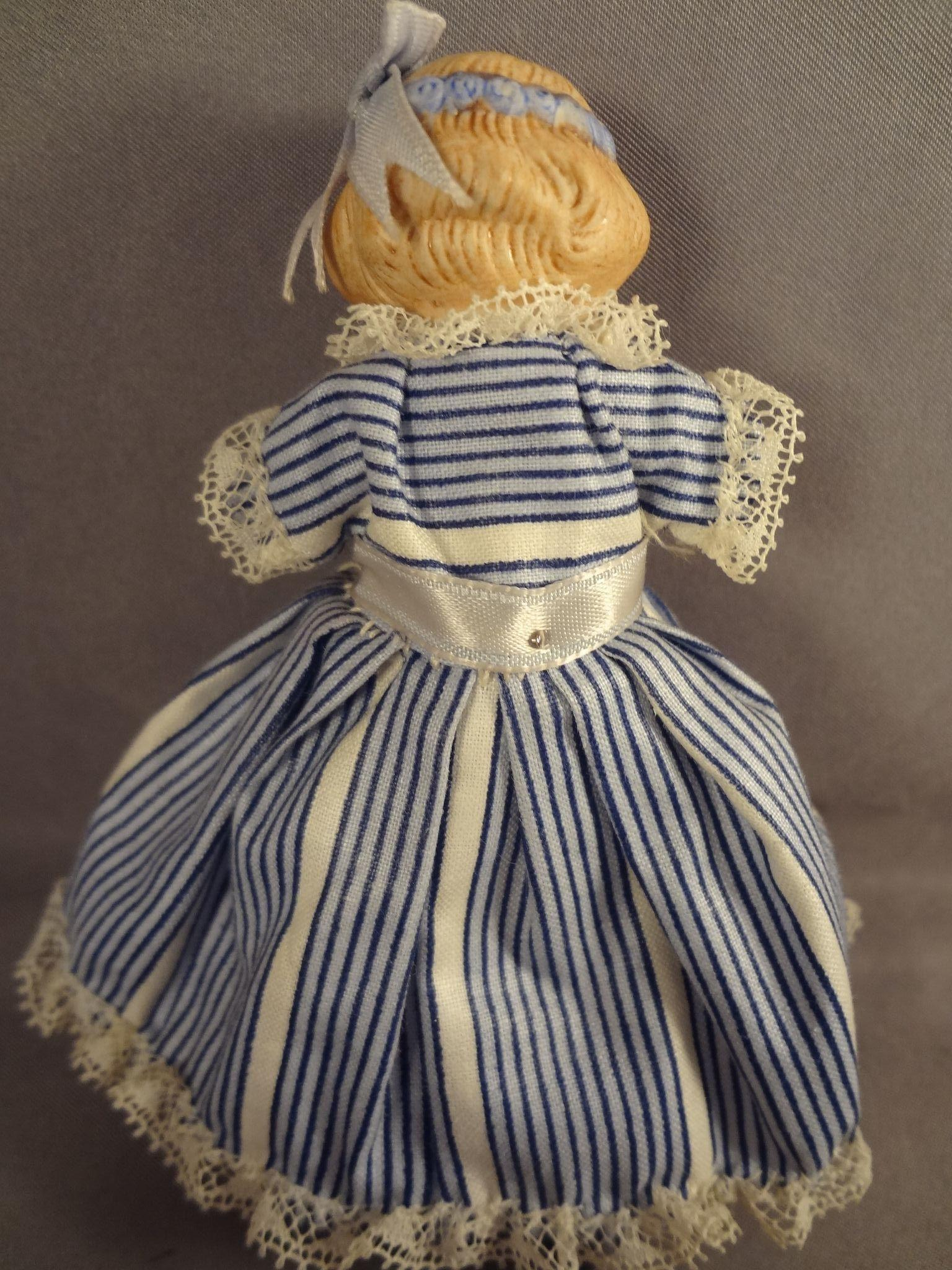 Wonderful Blonde And Ebony Doll House Bed Dresser And
