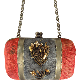 Great Little Doll Purse for the French Fashions