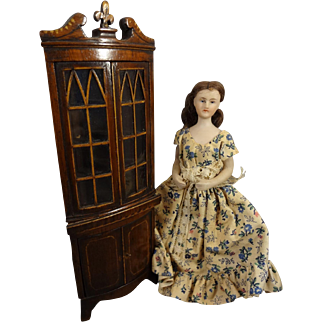 "5"" Bisque Doll House Lady with Turned Head"