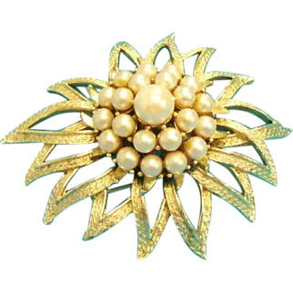 Vintage Domed Faux Pearl Brooch Asymmetrical Leaves or Starburst signed copyright Coro Pegasus