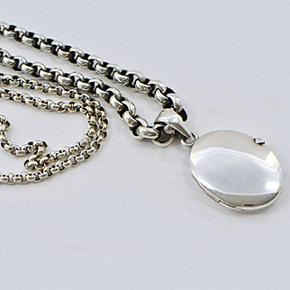 Victorian Sterling Smooth Oval Locket with Unusual Graduated Link Chain