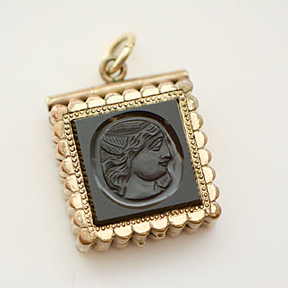 Victorian Onyx and Carnelian Intaglio Double Sided Locket