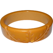 Vintage Bakelite Bangle Carved Butterscotch