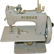 Vintage Singer Sew Handy Singer Toy Sewing Machine 1953