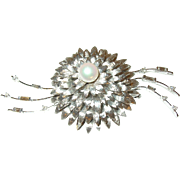 Vintage 18K Lg Brooch Baguette Round Diamonds Salt Water Cultured Pearl