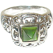Vintage Sterling Ring Green Faux Stone Openwork