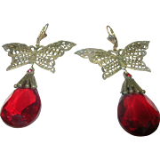 Vintage Czechoslovakian Art Glass Earrings Butterflies