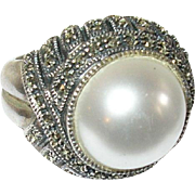 Vintage Ring Sterling Mobe Pearl Marcasite