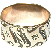 Antique 10K Cigar Band Ring Chased Design 1860's