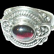 Vintage Ring Sterling Cabochon Garnet