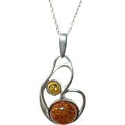 Vintage Amber Pendant Necklace Modernist