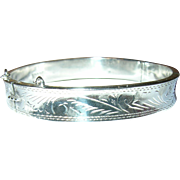 Vintage Sterling Hinged Bangle Chased Design