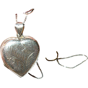 Vintage Locket Necklace Sterling Chased Design