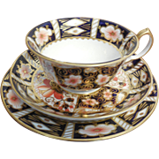 Antique Royal Crown Derby 2451 Traditional Imari Tea Cup, Saucer, Biscuit Plate dated 1912