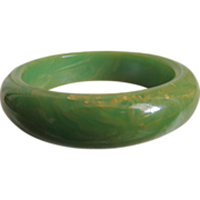 Bakelite Bracelet Lime Green with Yellow Marbled Swirls
