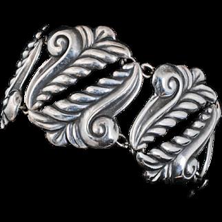 Antonio Reina AAR Mexican Deco silver repousse Bracelet ~ Taxco sterling feathers design