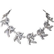 rare Mexican Deco silver repousse Necklace ~ an early Taxco beauty