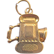 Vintage English 9ct Yellow Gold Lantern 3-D Charm
