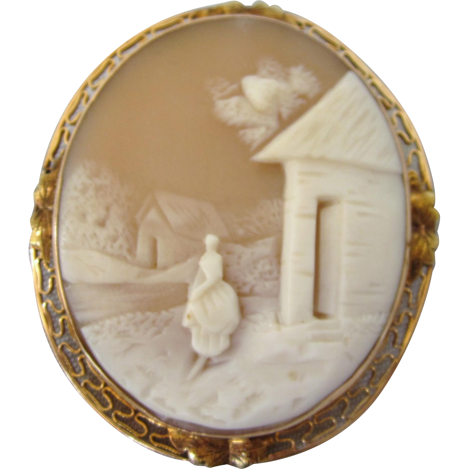 Vintage 14k Gold Carved Scenic Shell Large Cameo Brooch