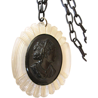 Vintage c. 1940's Lucite Cameo Necklace With Celluloid Chain