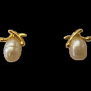 Lovely 14K YG Freshwater Pearl Stud Pierced Earrings