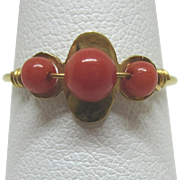 18K Gold Sardinian Red Coral Bead Ring, Size 7-1/2
