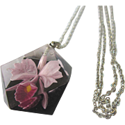 """Vintage Orchid Lucite Pendant and 18"""" Chain"""
