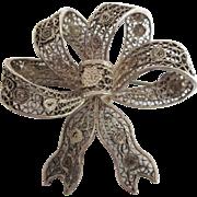 Vintage Italian 800 Silver Ornate Filigree Ribbon Bow Pin