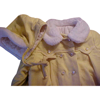 Soft yellow coat and hat with white fur trim CUTE TOGS NY vintage 1940's fits Patti Playpal