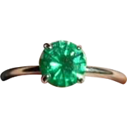 Vintage 14k Gold Green Tourmaline Solitaire Ring