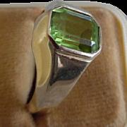 Vintage 14K Peridot Man's Ring