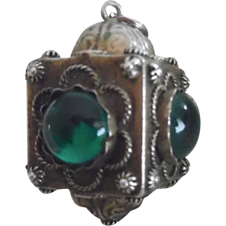 Vintage Italian 800 Silver Green Glass Large Etruscan Style Charm