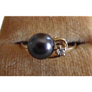 Vintage 14K Gold Black Cultured Pearl & Diamond Ring