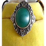 Vintage Art Deco Sterling Silver Marcasite Crysoprase Paste Ring