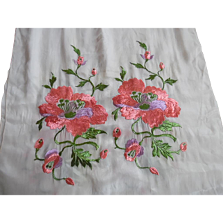 1910's Chinese Silk Embroidered Pink Green and Cream Shawl