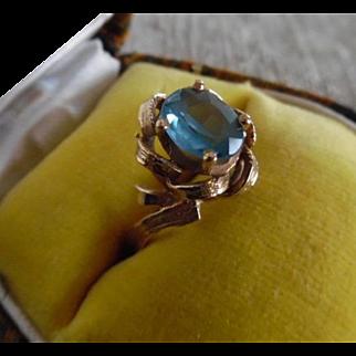 Vintage 18K Brushed Gold Blue Spinel Ring