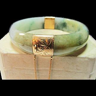 Vintage Estate Ming's of Honolulu 14K Hinged Comfort Fit Translucent Jade Bracelet