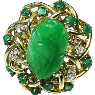 Vintage Estate Mid Century 14K Yellow Gold Translucent Carved Jade and Diamond Emerald Accent Ring