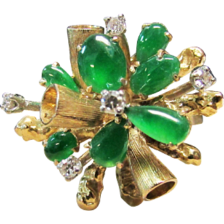 Vintage Estate Modernist Mid Century 14K Yellow Gold Very Translucent Jade and Diamond Cluster Ring
