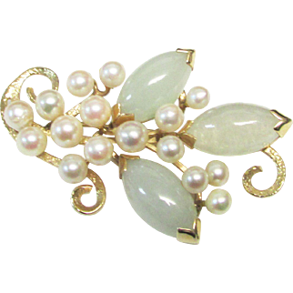 Vintage Estate Ming's of Honolulu Mid Century 14K Very Translucent Light Green Jade and High Luster Cultured Pearl Pin Brooch