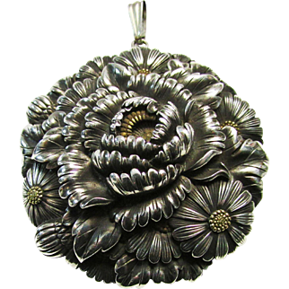 Antique Japan Meiji Period Large Signed Beautiful Peony and Chrysanthemum Silver Shakudo with Damascene Reverse Obidome Heavy