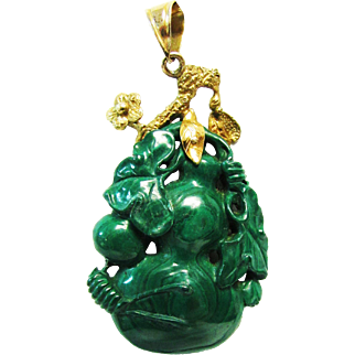 Vintage Estate Custom Ornate 14KT Gold Mount Very Well Carved Chinese Malachite Pendant