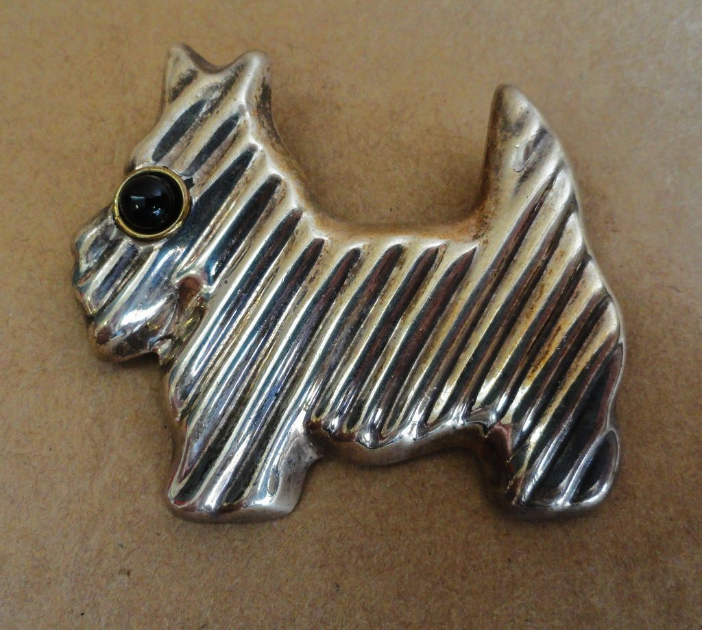 Sterling Silver Scottie Dog Pin w/ Onyx Eye