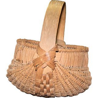 Small Late 19th C. Fine Woven Splint Handled Buttocks Basket