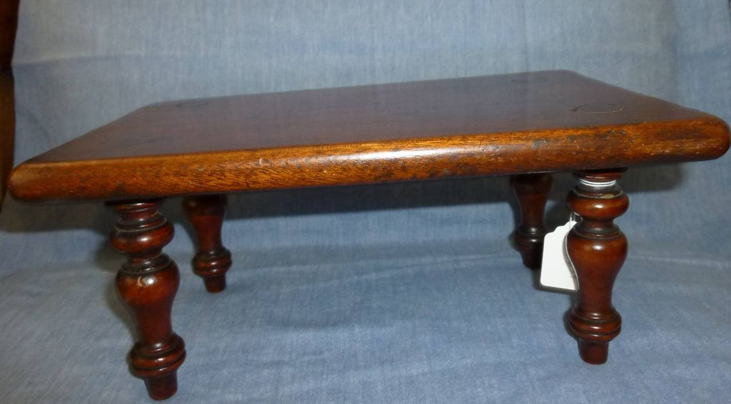 Miniature dining table